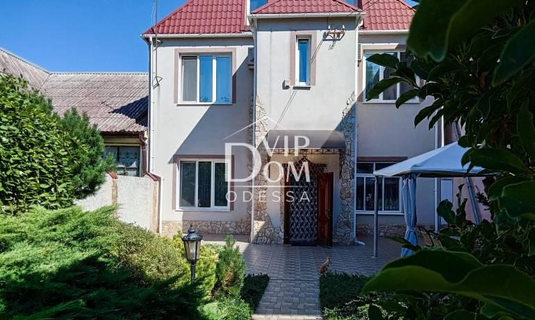 Дом в Одесссе на 13 станции Фонтана.