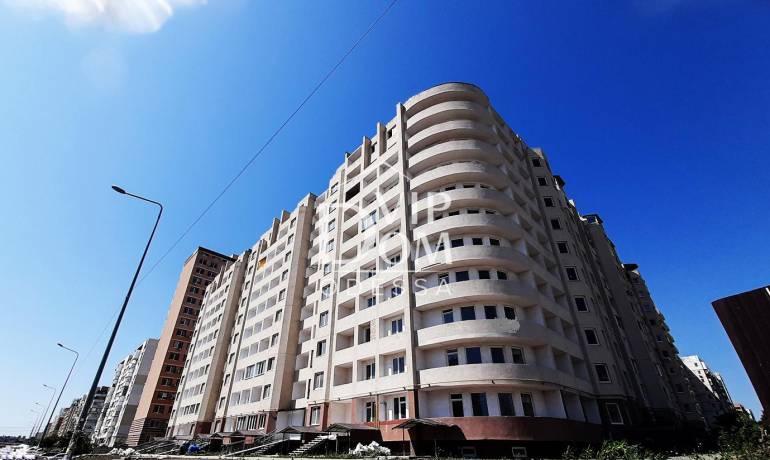 Однокомнатная квартира в кирпичном доме на посёлке Котовского.