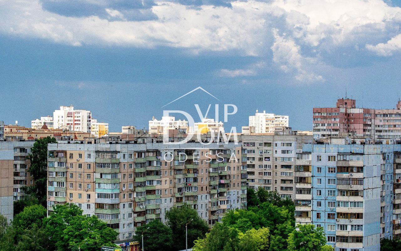 Двухкомнатная квартира в прекрасно развитом районе!